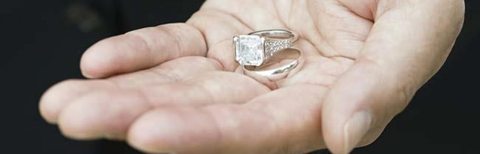 selling diamond ring june 21 2014 - Selling Wedding Ring